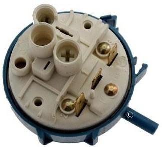 Lave linge comment tester le pressostat d un lave linge - Comment tester un condensateur de machine a laver ...