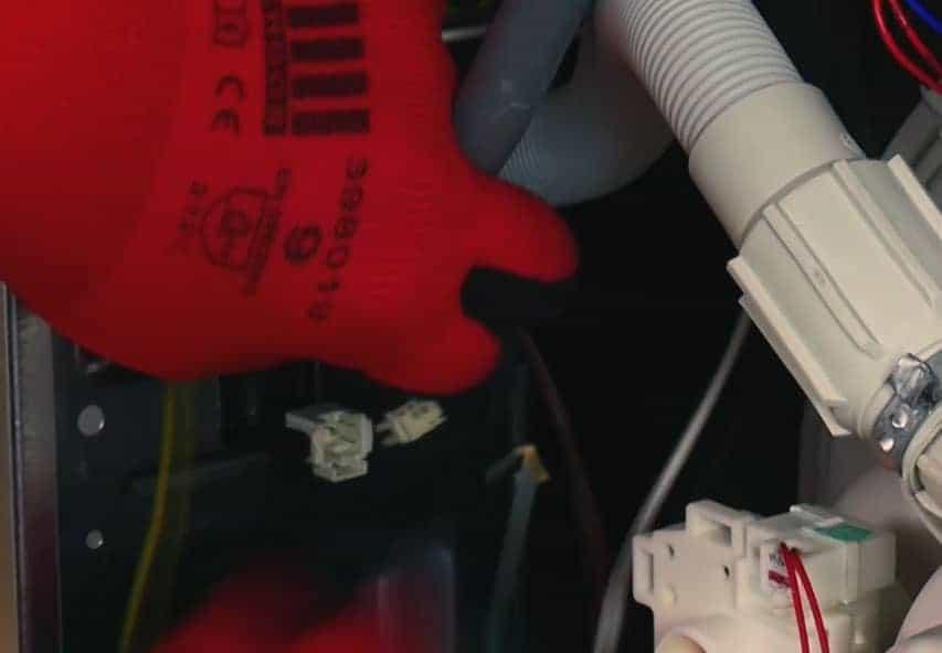 debrancher-connecteurs