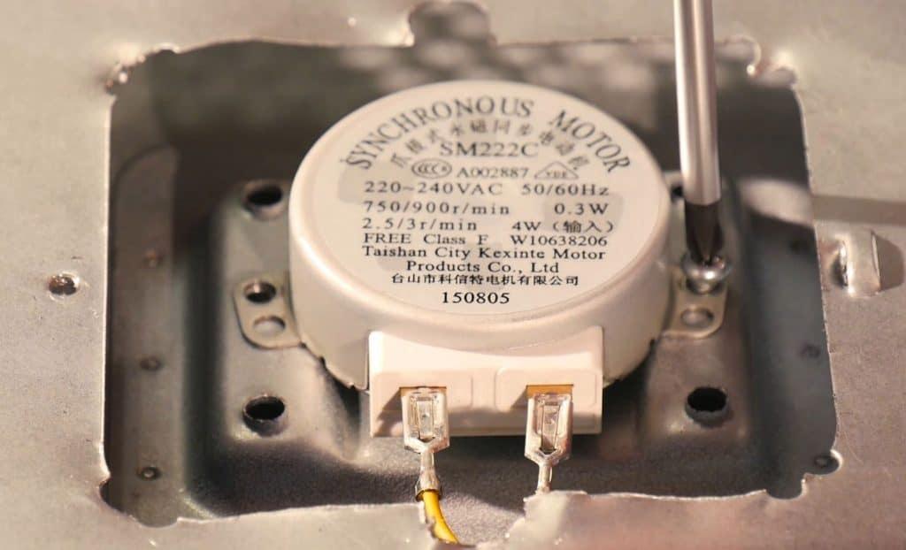 devisser-moteur-plateau