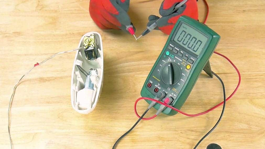 Tester le thermostat à l'aide d'un multimètre