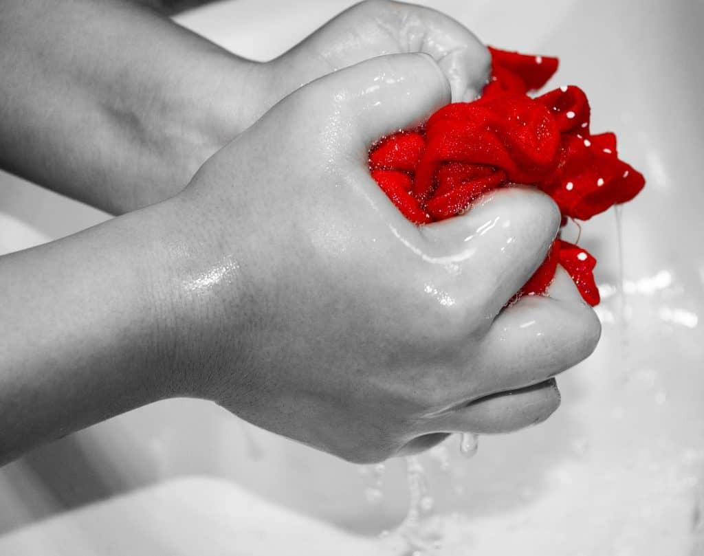 lavage-main-serviettes