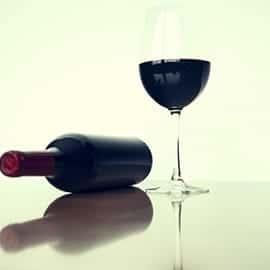 appareil-cave-a-vin-bouteille-vin-rouge-verre