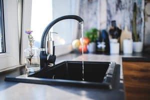 robinet-eau-coule