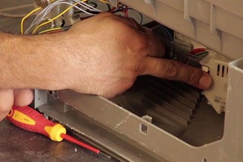 localiser-pompe-chauffage-cyclage-lave-vaisselle-bosch-siemens
