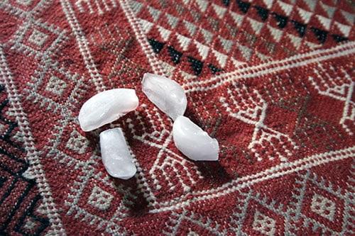 astuce pour retirer les marques laissées par un meuble sur la moquette ou un tapis