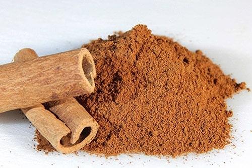 astuce aspirer cannelle en poudre pour parfumer son logement