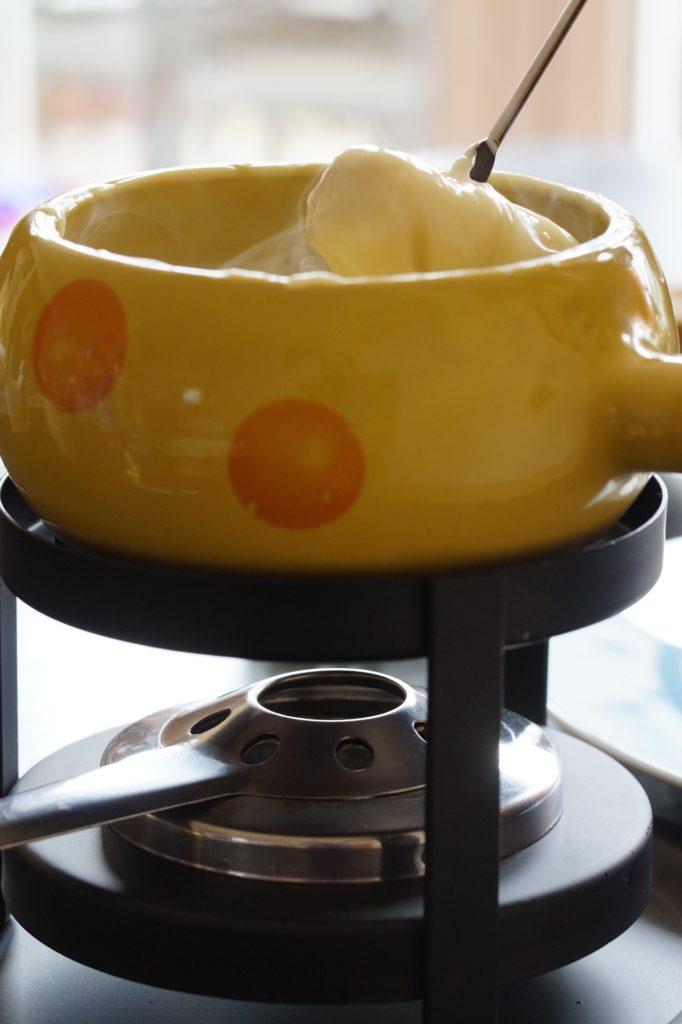 Appareil à fondue à réchaud