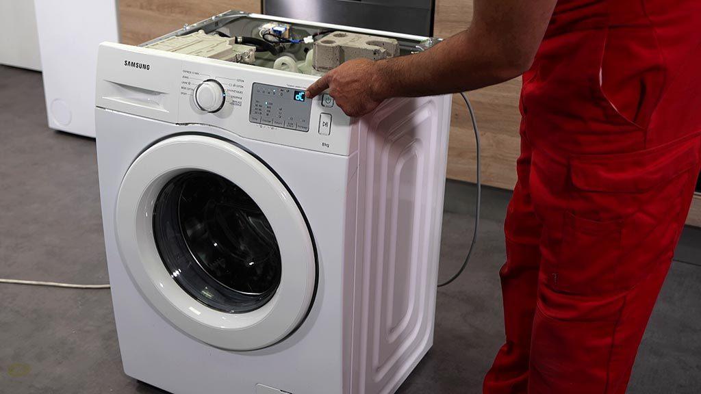 Affichage du code erreur dC sur un lave-linge Samsung