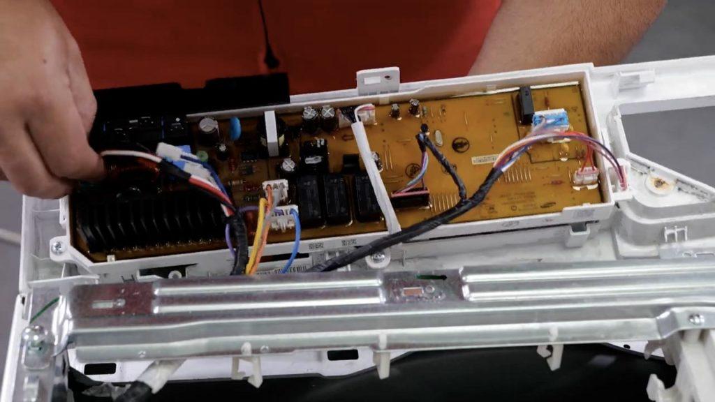 Rebranchez les connecteurs correctement