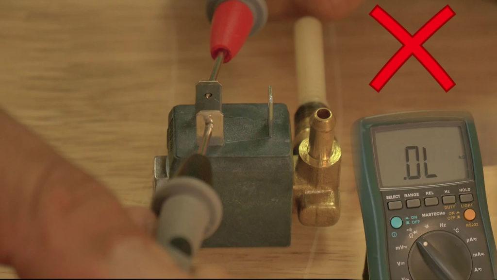 Tester l'électrovanne avec le multimètre
