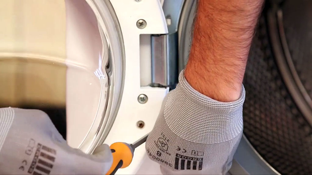 Démonter le hublot de porte du lave-linge
