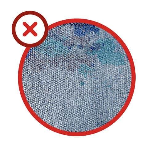 Erreur n°5 : ne pas détacher le linge avant la mise en machine