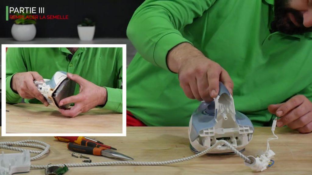 replacer la partie supérieur du fer vapeur sur la nouvelle semelle
