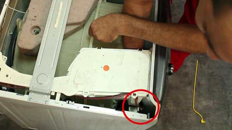 Localiser le verrouillage de porte du lave-linge