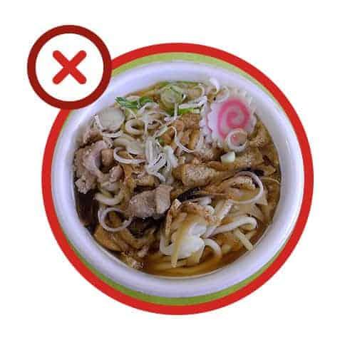 Erreur 3 : réchauffer les plats à emporter dans leurs emballages