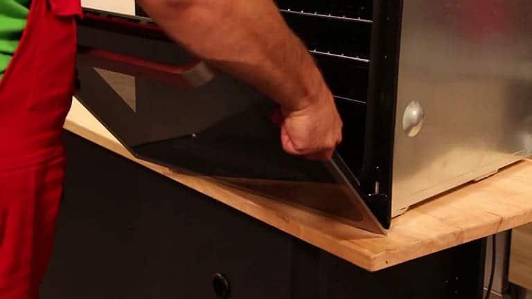 redresser la porte de votre four rosières à 45 degrés